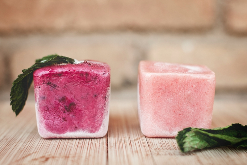 Cubitos de frutas heladas para perros / Foto: Corina de Castro para Perricatessen