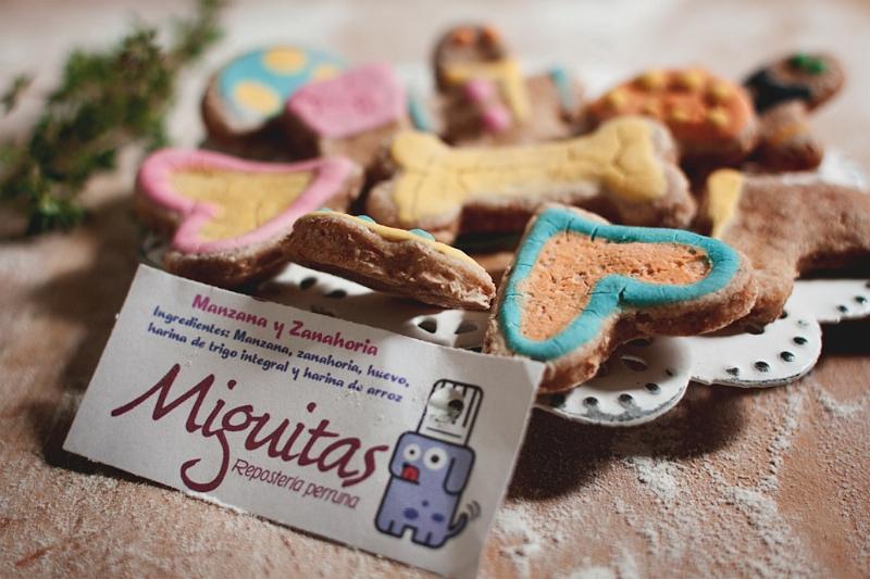 Miguitas: Galletas de Manzana y Zanahoria para tu perro / Foto: Corina de Castro para Perricatessen