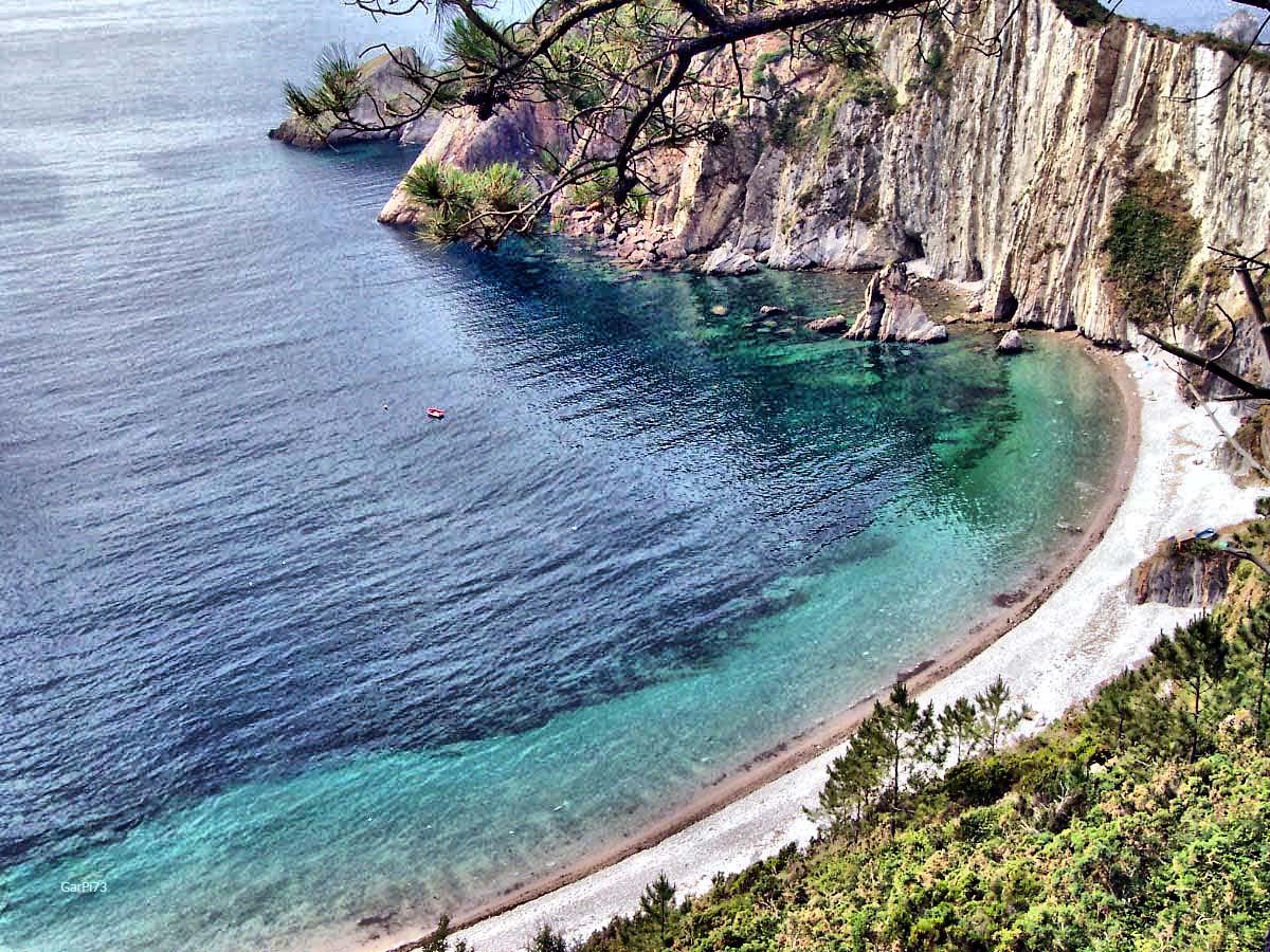 Playa del Silencio, playa dog-friendly en Asturias