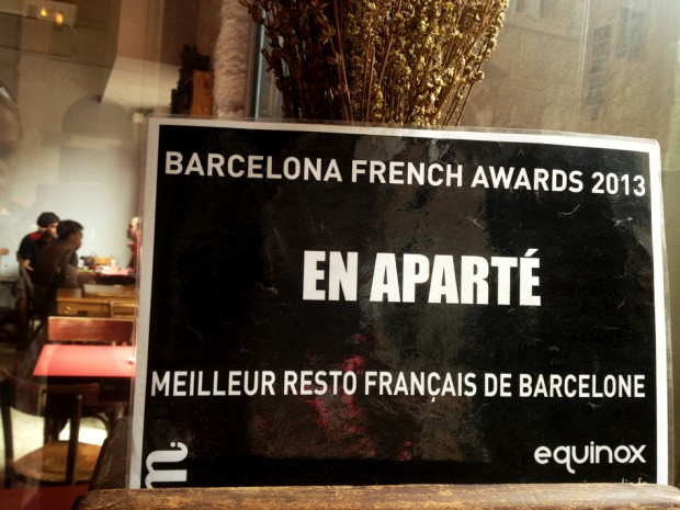 En Aparté, un bar 100% francés en Barcelona dog-friendly